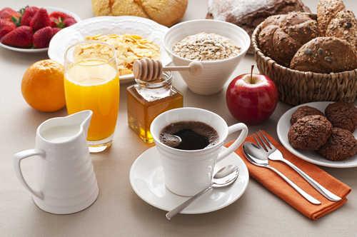 Vydatná snídaně pro ranní bručouny