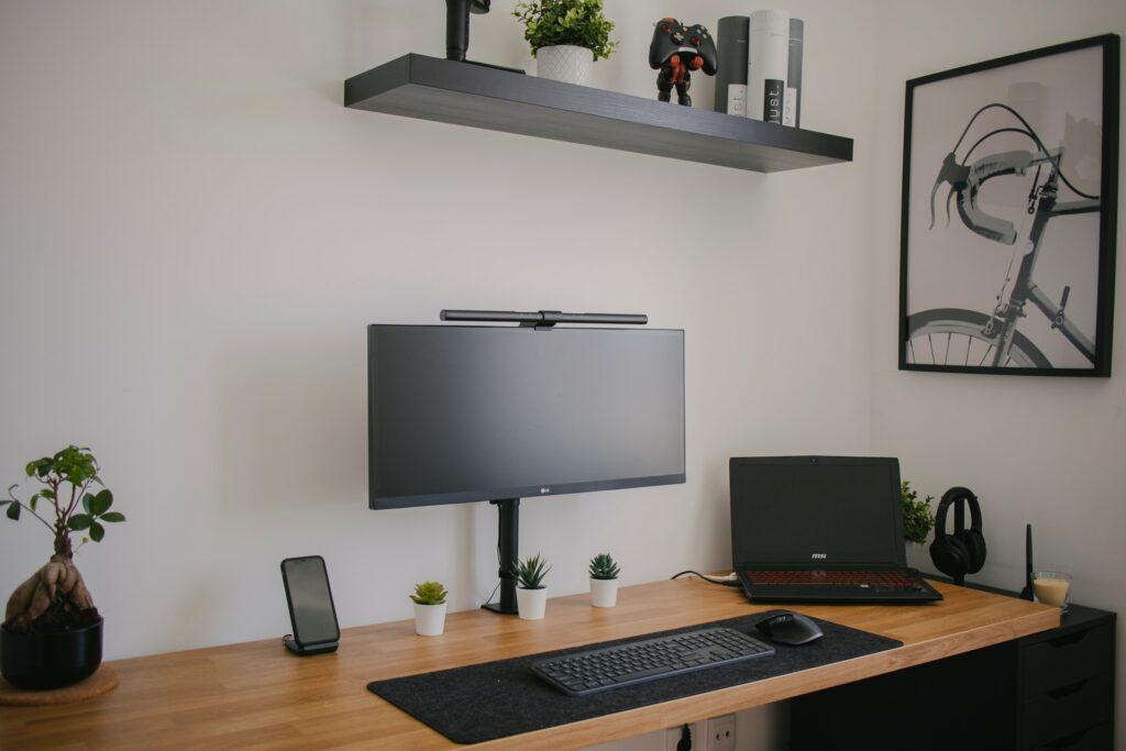 Jak zařídit pracovní kout v obývacím pokoji